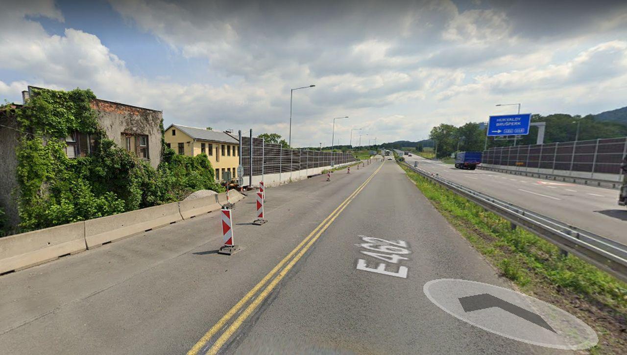 Dálnice D48 v Rychalticích u vyvlastněné nemovitosti. Foto: Google Street View